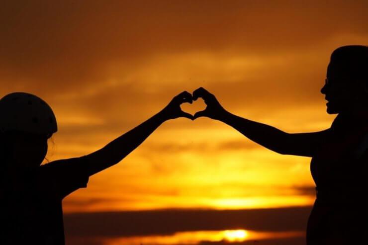 God is love / Dios es amor