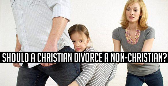 Tu pregunta: ¿Es recomendable que un cristiano se divorciona de su marido o de su mujer no creyente?