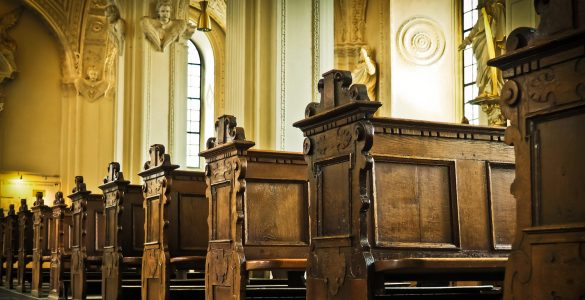 What are the differences between Catholics and Protestants?