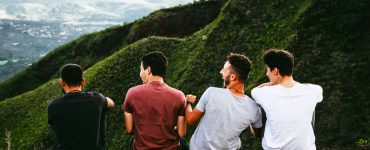 How to share the Gospel with a friend who is not interested?