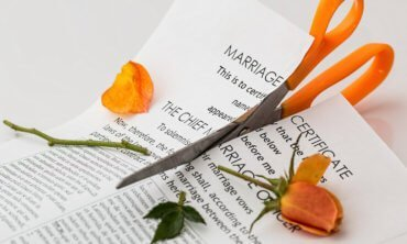 divorce adulterio